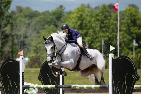 Heather Caristo-Williams and Cosmopolitan 30 on their way to a 0,000 Brook Ledge Open Welcome win.