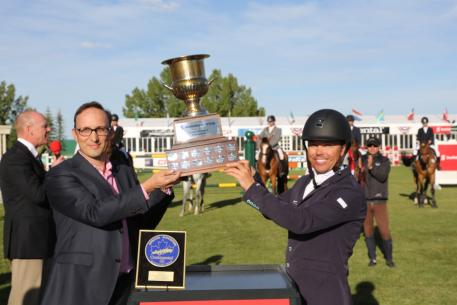 Kent Farrington raised his second trophy of the day in the Scotiabank Cup with Tony Aulicino, Managing Director of Scotiabank.