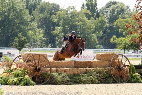 Louise Serio Eagle USHJA International Hunter Derby Championship 2015