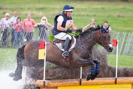 Phillip Dutton and Fernhill Cubalawn (Photo: Libby Law Photography)