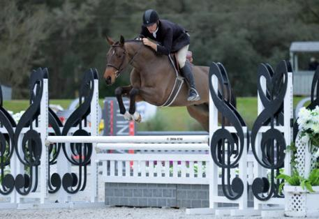 Robert Lee and Cameron winning the $5,000 Devoucoux Hunter Prix