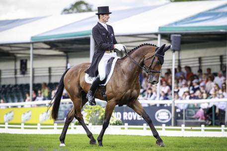 Sir Mark Todd (NZL) and Leonidas II take the lead after dressage at the Land Rover Burghley Horse Trials, sixth and final leg of the FEI Classics™ series.