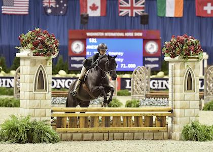 Tessa Downey rode Anisette to the Grand Pony Hunter Championship. (Photo: Shawn McMillen Photography)