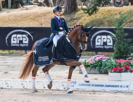 Young Riders Individual Dressage Longines FEI European Championships™ Fontainebleau for CH-J-YR 2018 Febe Van Zwambagt NED (Photo: FEI/Łukasz Kowalski)