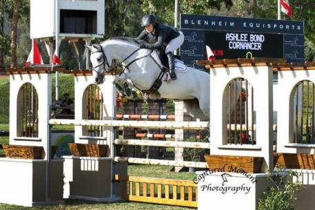 Ashlee Bond and Cornancer (Photo: CapturedMomentPhoto.com)