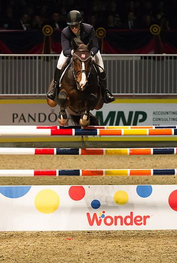 America's Beezie Madden left it all out there tonight, taking the $50,000 Weston Canadian Open with Coral Reef Via Volo at the CSI4*-W Royal Horse Show in Toronto. Photo: BenRadvanyi.com