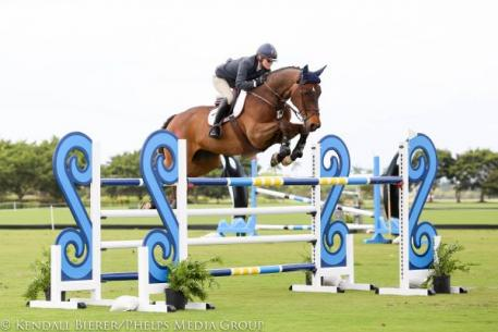 Beth Underhill and Viggo captured the 5,000 1.40m Grand Prix during Week 10 of The Ridge at Wellington Turf Tour.