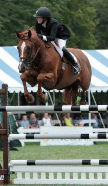 Caitlin Hope and Total Touch in the jump-off. Photo by Kate Morgenstern Lopez.