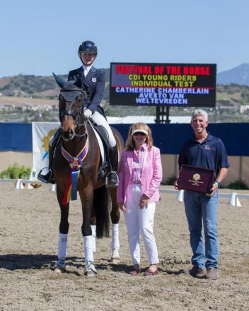 Catherine Chamberlain accepts congratulations from FEI judge Brenda Minor & USEF Youth Coach George Williams. (Photo: Terri Miller)