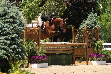 Gia Gulino and Cappello are already qualified for both junior hunter and equitation championships. Photo by Andrew Ryback.