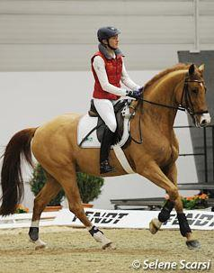 Ingrid Klimke schooling Liostro in a snaffle and riding without stirrups (Photo: Photo © Selene Scarsi)
