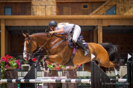 Kristen Vanderveen and Bull Run's Eternal (Photo:©Don West Photography)