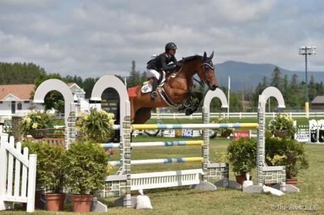 Laura Chapot and ISHD Dual Star (Photo: The Book LLC)