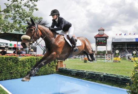 Lisa Carlsen and World's Judgment (Photo: Spruce Meadows Media)