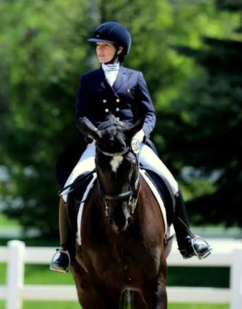 Lisa Marie Andrews on Graphite in the FEI Prix St Georges at Lamplight in Chicago, Illinois. (Photo: Mary Phelps)