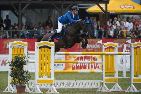 Slovenia's Luka Zaloznik and Eloise du Petit Vivier claimed individual gold and team silver in the Senior category at the FEI Balkan Jumping Championships 2014 at Zagreb, Croatia last weekend. (Alexis Vassilopoulos/FEI)