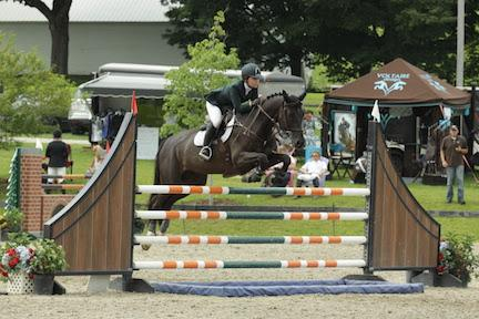 Madeleine Gastineau and Limited Edition won the $5,000 NAL Low Junior/Amateur-Owner Jumper Classic, presented by Summit Performance, on Sunday, July 26, at the Vermont Summer Festival in East Dorset, VT. (Photo: David Mullinix Photography)