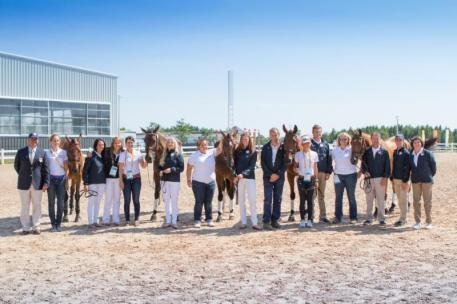 The complete U.S. Pan American Eventing contingent (Photo: StockImageServices.com)