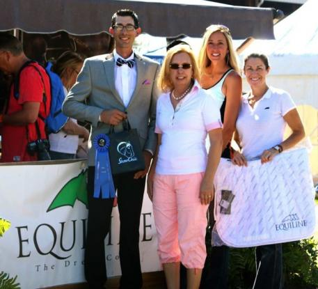 From left to right-Gary Yeager, Michele Hundt and Krystalann Shingler of ShowChic as well as Kelli Molinari of Equiline presenting a Jog Turnout Award