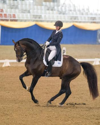 Sabine Schut-Kery & Sanceo show off their winning form in the CDI Prix St. Georges. (Photo by Terri Miller)