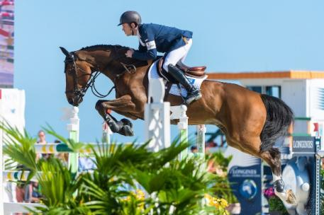 Scott Brash (GBR), pictured here at the Miami Beach 2015 CSI5* on Hello Sanctos, is back as world Jumping number one at the top of the Longines Rankings. (FEI/Amy Dragoo-arnd.nl).