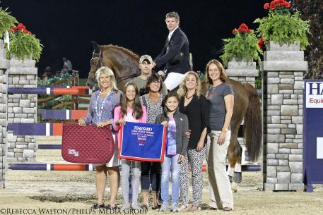 Shane Sweetnam and Bijzonder with the Hagyard team