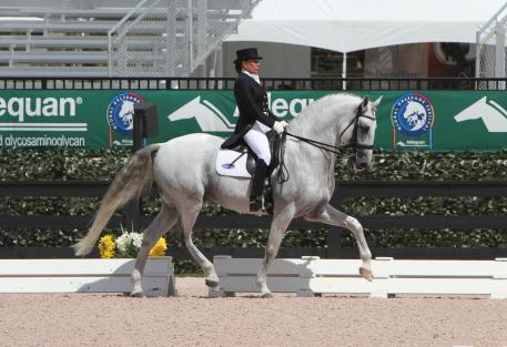 Zepelim Interagro and Pia Aragão win the open Grand Prix Freestyle at the Palm Beach Derby National competition (Photo: courtesy of Interagro Lusitanos)