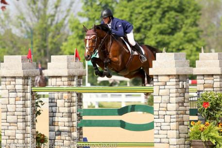 Todd Minikus and Quality Girl win the $25,000 Blue Grass Classic at the Kentucky Spring Horse Show (Photo courtesy of Kendall Bierer/Phelps Media Group)
