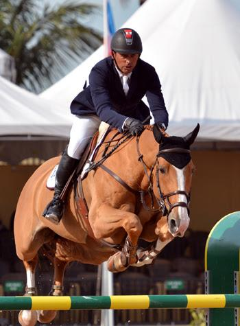 Yann Candele and Showgirl, owned by the Watermark Group (Photo: © Starting Gate Communications)