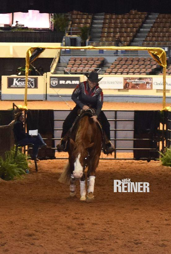 mandy-mccutcheon-always-gotyer-gun-nrhafuturity-2015.jpg