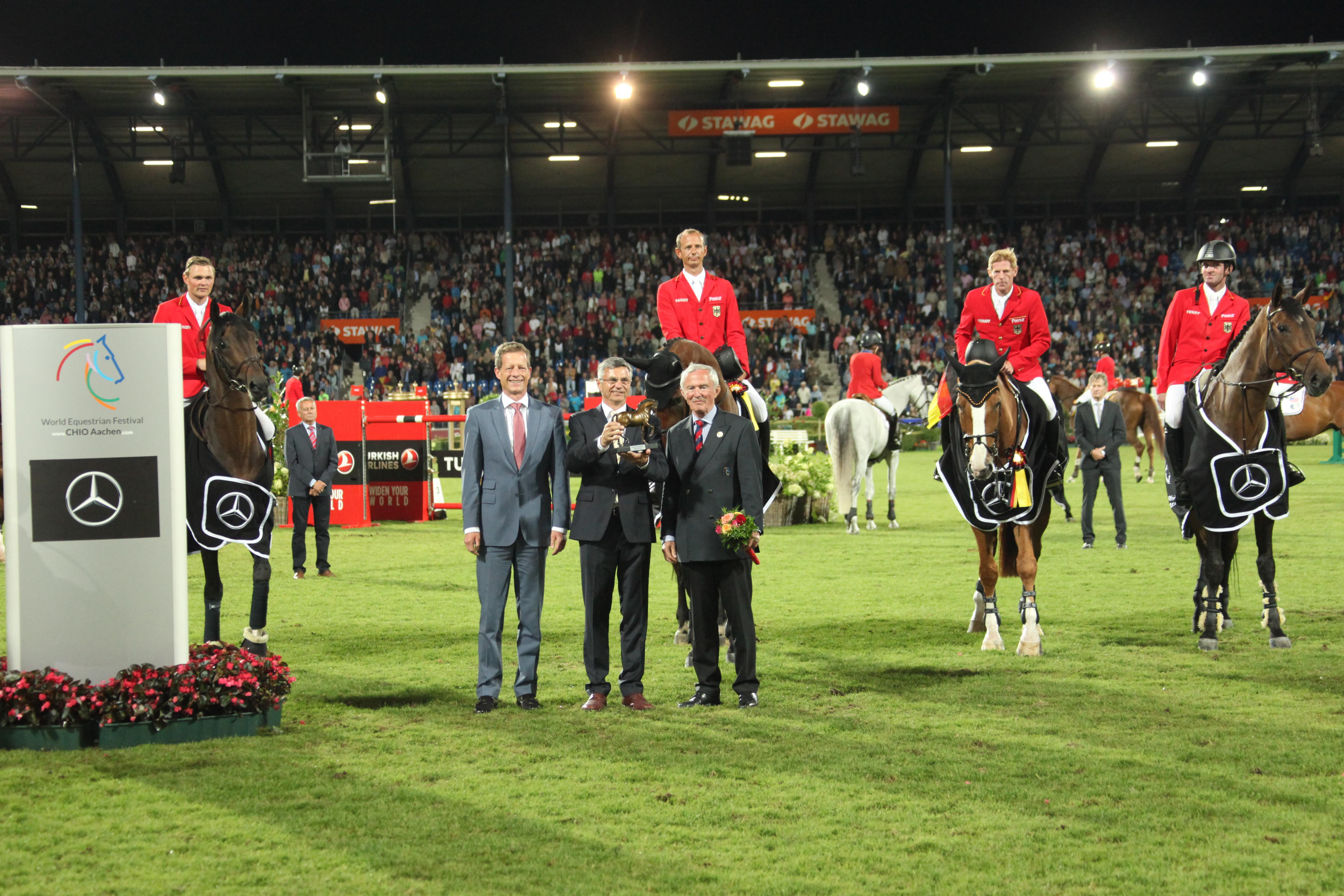 team-germany-nations-cup-aachen-2017.jpg