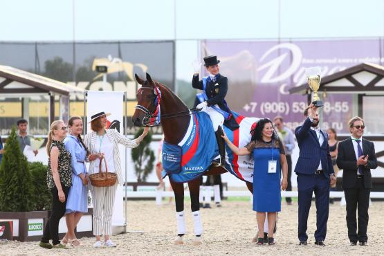 Elena Sidneva and the fabulous gelding Fuhur led Team Russia to victory in the thrilling Group C qualifier for the Tokyo 2020 Olympic Games held in Moscow (RUS) today. (Photo: Maxima Stables)