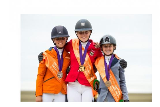 Super Sport at FEI Youth Jumping Championships