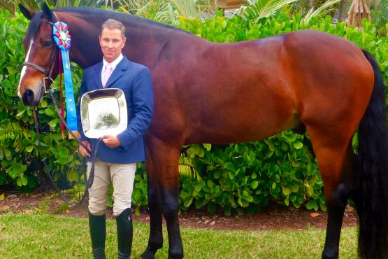 Christopher Payne and Gratitude Winning Triple Crown Green Hunter Division Champion and Triple Crown Excellence Award (photo JRPR)