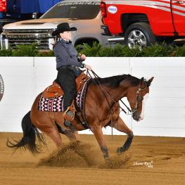Bobbi Ann Burk on WF Chics N Guns earned second in Grade 5. (Photo: Shane Rux)