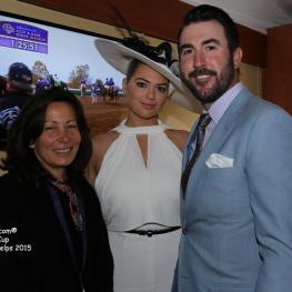 Diana Pikulski of the Thoroughbred Retirement Foundation with Kate Upton and Justin Verlander.