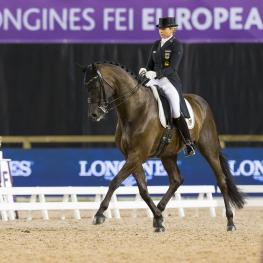 Dorothee SCHNEIDER (GER) Photo FEI/Claes Jakobsson