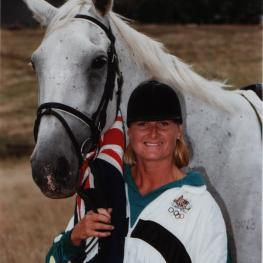 Gillian Rolton (AUS), double Olympic gold medallist and former member of the FEI Eventing Committee, here with her horse Fred in 1992, has passed away after a long battle with cancer. She was 61
