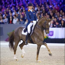 Hans Peter Minderhoud (NED) and GLOCK's Flirt, winners of the FEI Reem Acra World Cup Freestyle to Music