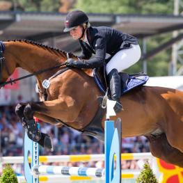 Julia Krajewski (GER) scores the biggest win of her career, at Luhmühlen on Samourai du Thot
