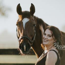 Kate Snyder (KY) and her Off-Track Thoroughbred, Safely Spun