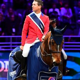 McLain Ward and HH Azur win LONGINES FEI World Cup™ Jumping Final I