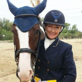 Sarah Lindsten (AZ) and her KWPN, Cookie