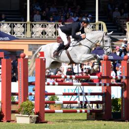 Adelaide FEI Classics Series winners, Shane Rose and CP Qualified in front of the packed Victoria Park Grandstand.