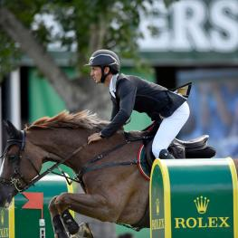 "Steve Guerdat and ""Albführen's Happiness"", winners of the first qualifier for the ""CP 'International', presented by Rolex"""
