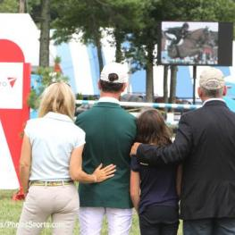 Kevin Babington and family watch the Carling King tribute. Photo by Kenneth Kraus/PhelpsSports
