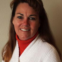 Brenda McDuffee, General Manager of The Sanctuary Equine Sports Therapy & Rehabilitation Center, achieved Certified Hyperbaric Technologist Veterinary Training and Certification